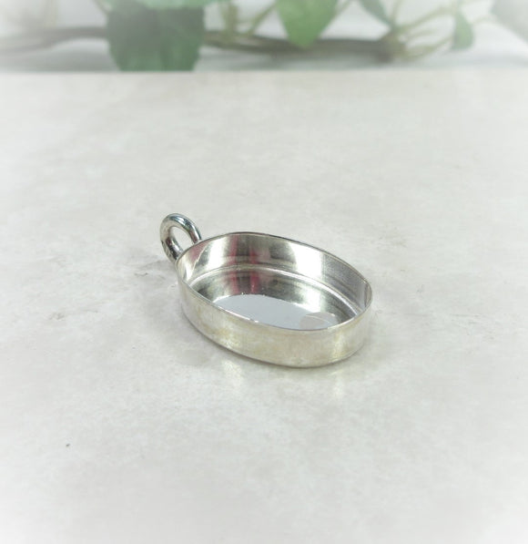 silver Oval bezel cup pendant