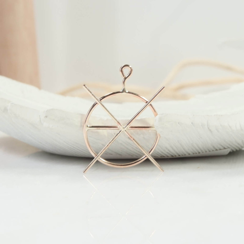 circle raw gemstone pendant setting Gold