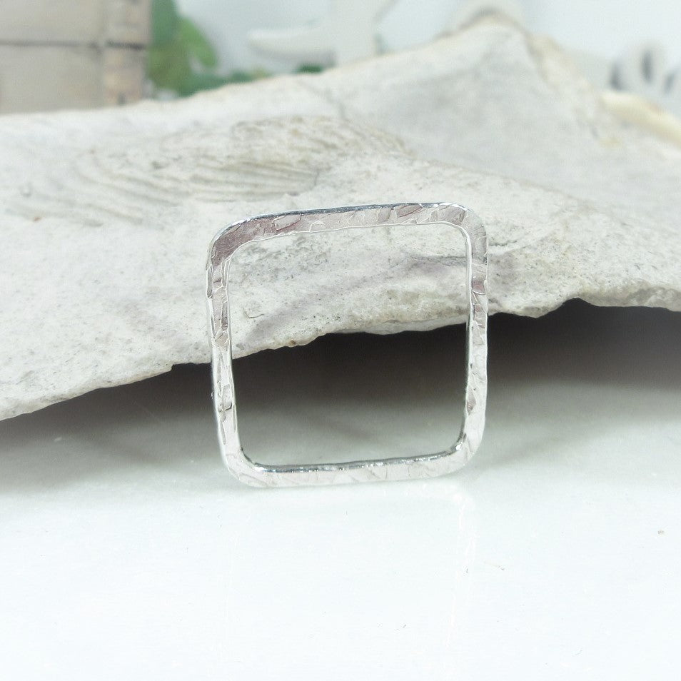 single silver hammered square