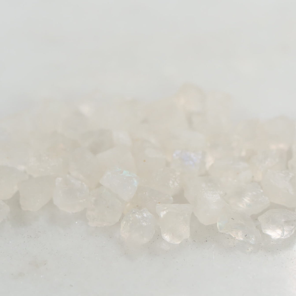 moonstone 4-6mm size raw gemstone