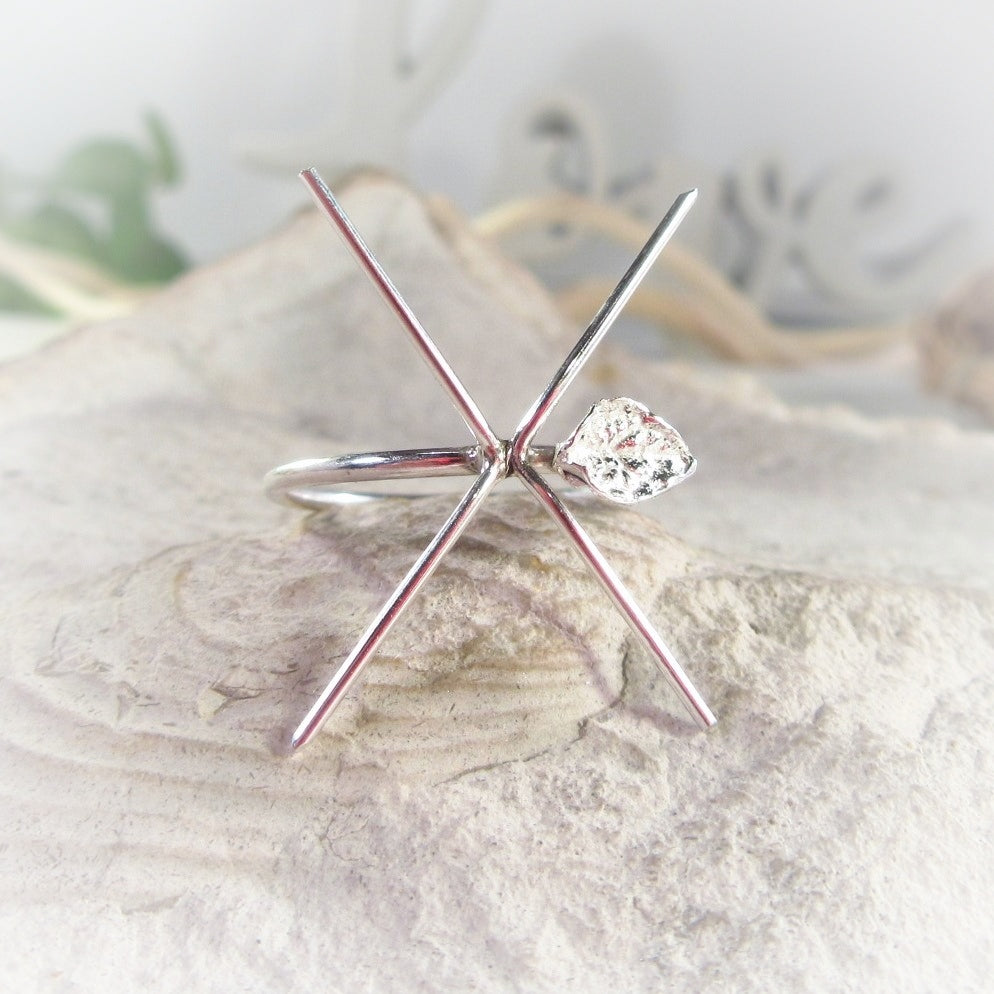 Twigs Raw Gemstone Ring Setting Sterling Silver 16g 4 Prong with Single Leaf