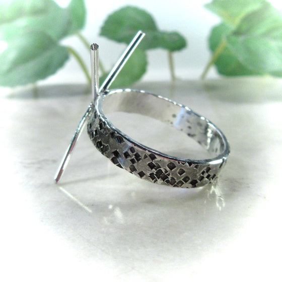 Claw Ring Sterling Silver Squares 3mm Wide Band 4 Prong Oxidized