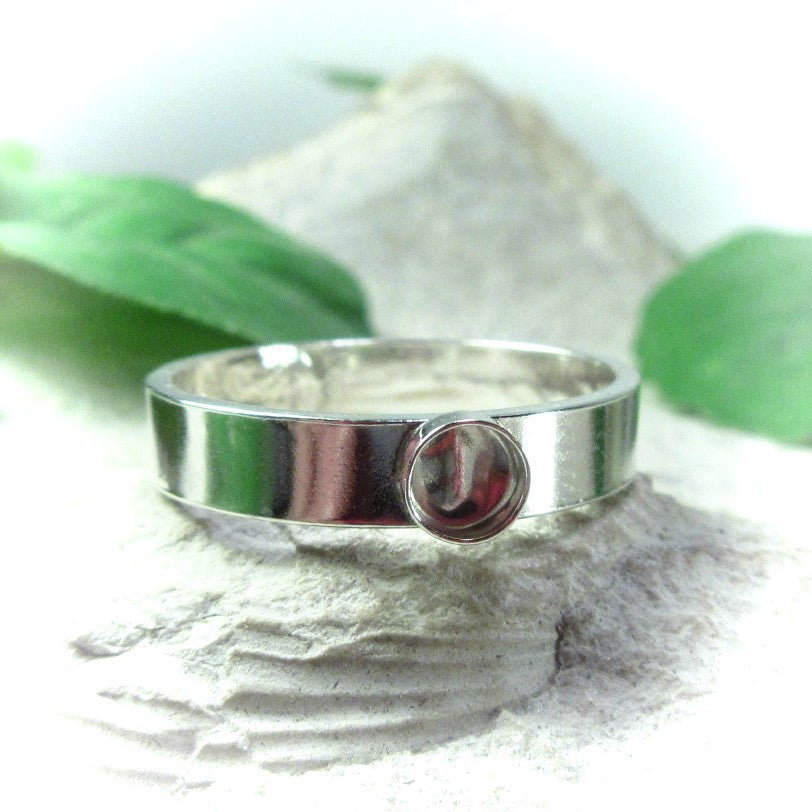 plain 4mm wide band with bezel cup setting for cabochons