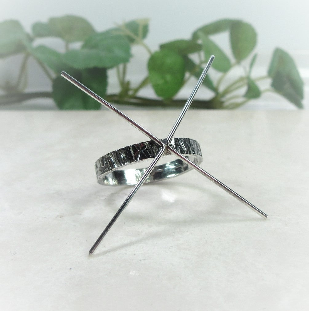 oxidized cross cut silver ring setting for gemstones