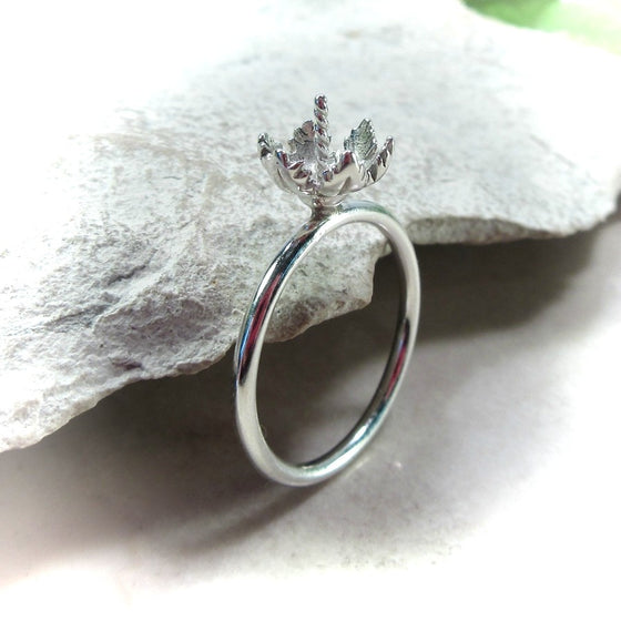 silver leaf pearl ring setting
