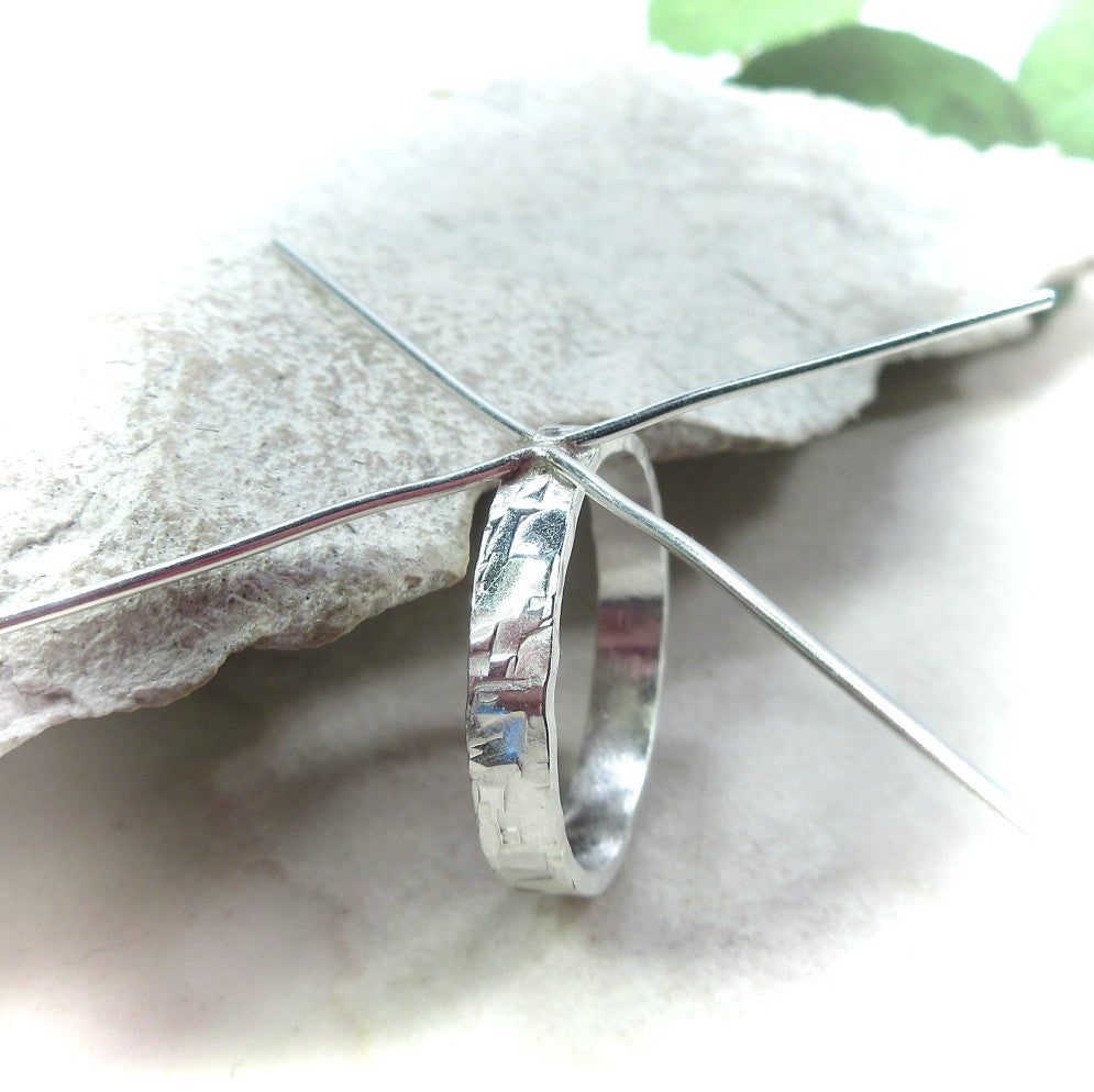 above view silver chiseled 3mm wide ring setting