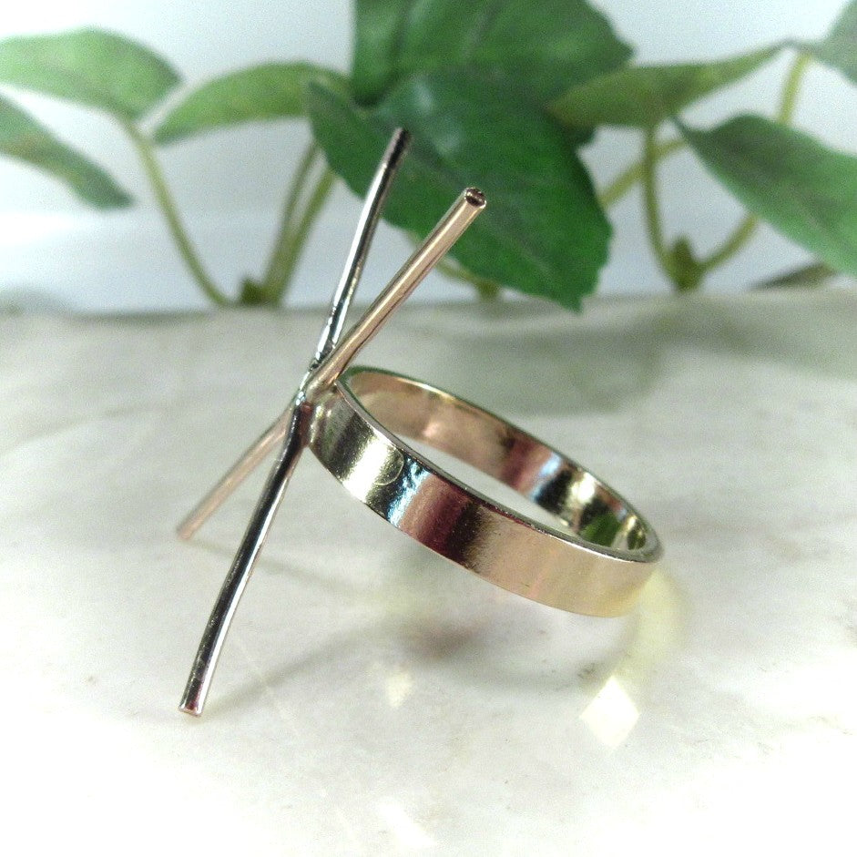 side view 3 mm wide gold ring setting plain