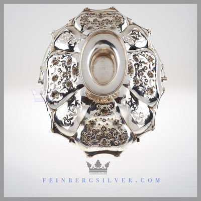Feinberg Silver - The English silver plated shaped oval basket has a crimped edge. There are 8 sections alternating