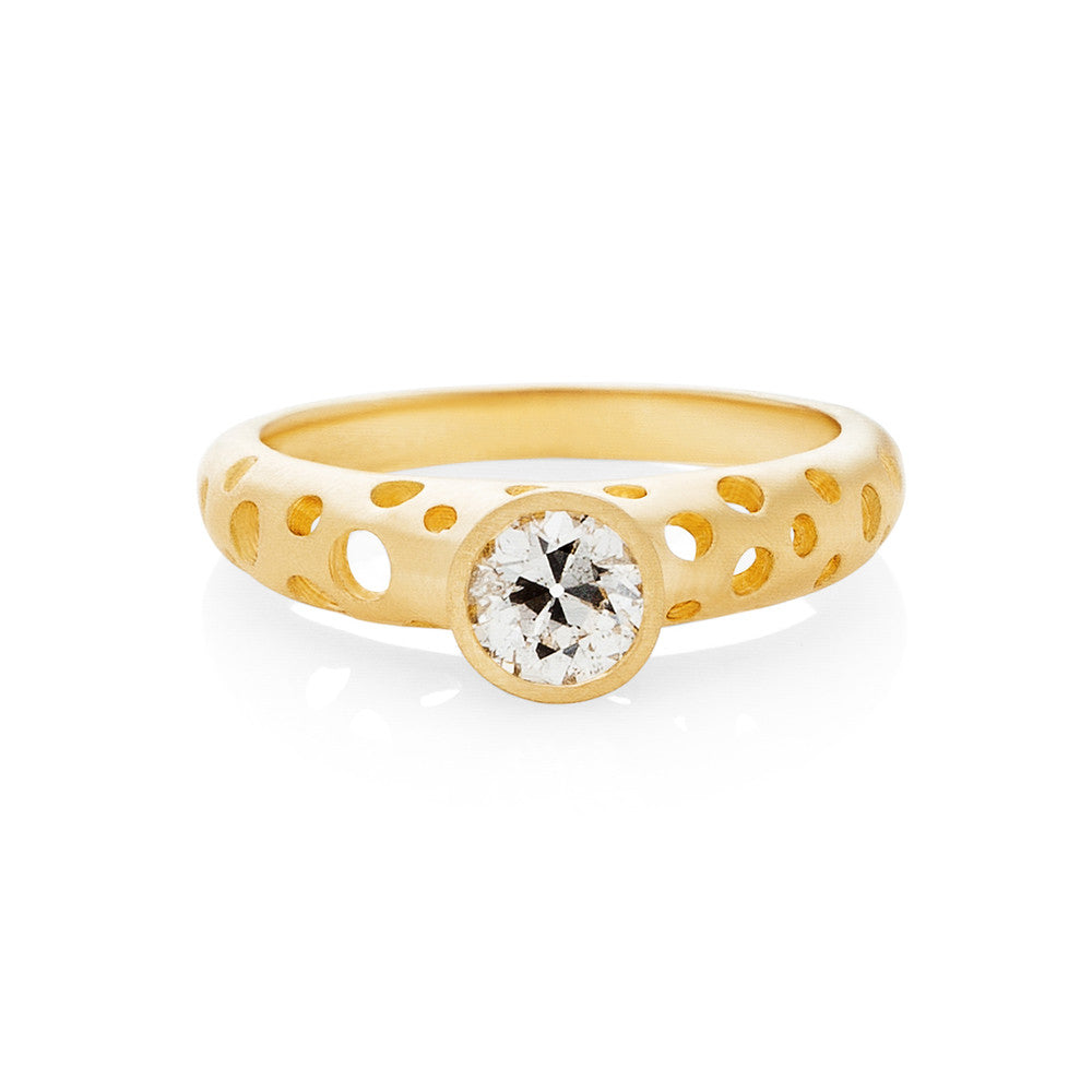 Open Dots Solitaire Ring