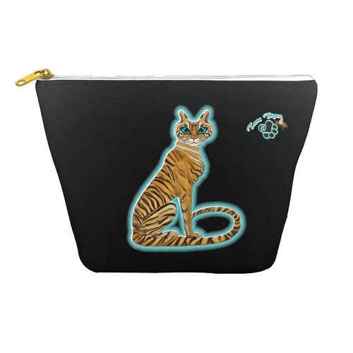 Tara's Tiger Sitting Dopp Kits