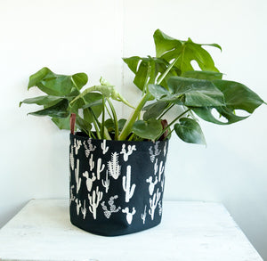 XL Fabric Bucket—Cactus Print White on Black