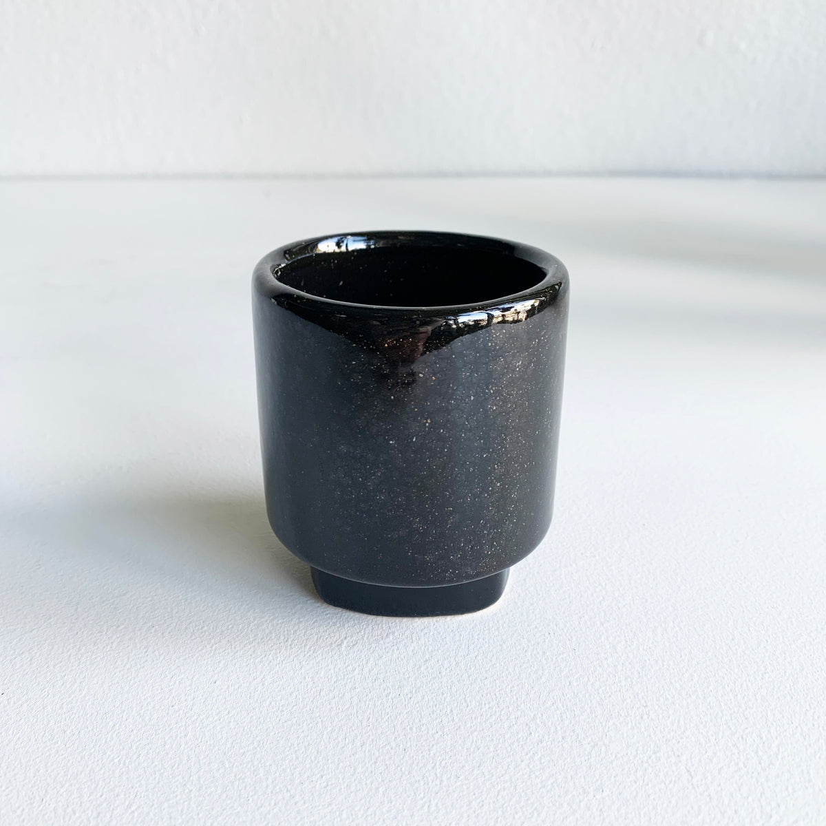 "2.75"" Black Footed Pot"