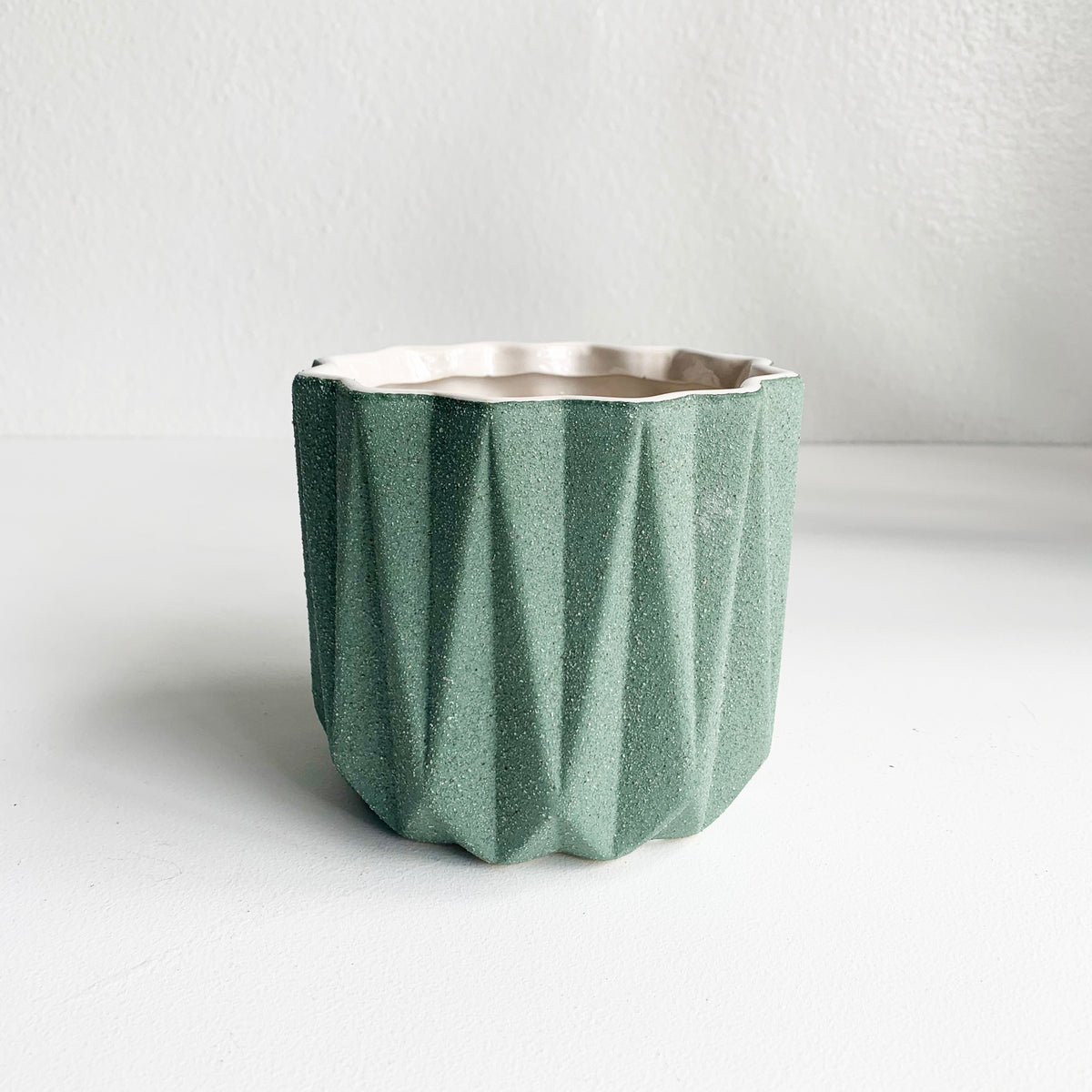 "5"" Pot/Planter-Dark Pistachio Green with Sandstone Finish"