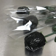 FOILED MILK CHOCOLATE ROSE<br>BLACK