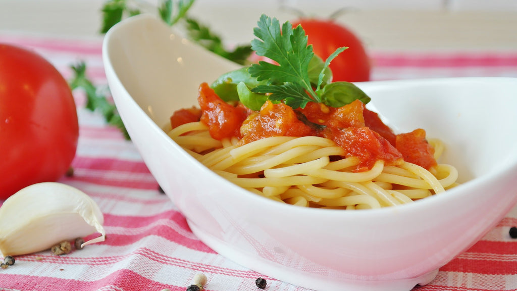 Spaghetti with tomato made with FiberPasta which has the lowest glycemic index of all pasta on the market and is high in protein and fiber sugar free ideal for weight loss and for diabetic people