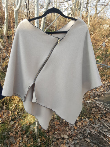 Ivory Zipper Poncho, Sweater Fleece