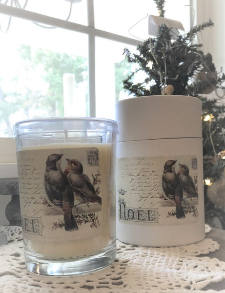 Christmas candle in 7 oz. straight boutique - Mistletoe scent
