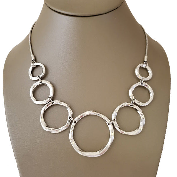 Hammered Rings Rhodium Plated Necklace