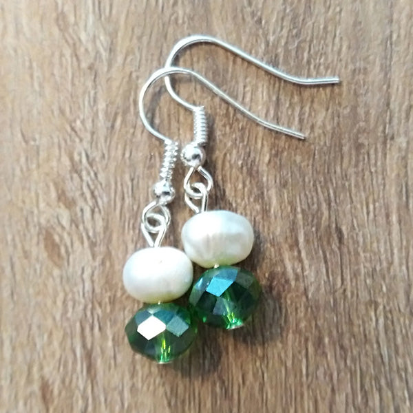 Green Crystal & White Freshwater Pearl Earrings - The Pearl & Stone Jewelry