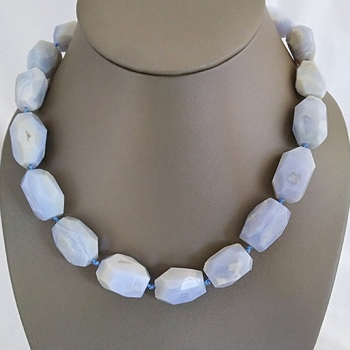Blue Lace Agate Statement Necklace - The Pearl & Stone Jewelry