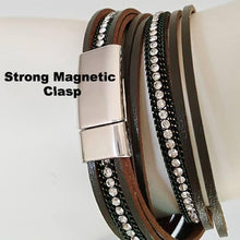 Leather Wrap Bracelet with Bar Accent - The Pearl & Stone Jewelry