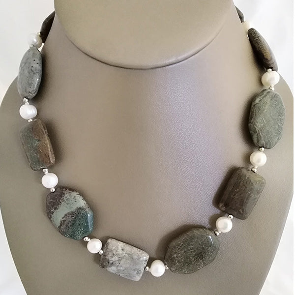 Freshwater Pearl & Moss Granite Necklace - The Pearl & Stone Jewelry