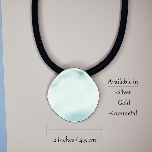 The Phebe Disk Necklace