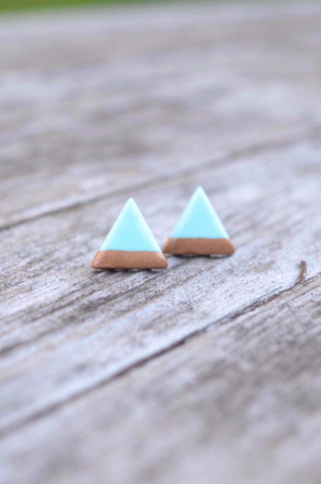 Three Point Studs in Mint {HM}