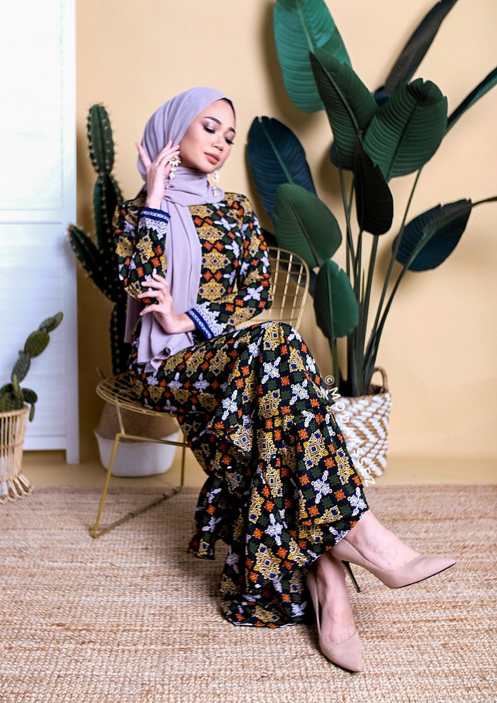NEW ARRIVAL - UFAIRAH DRESS [SONGKETBLACK]