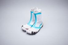 Load image into Gallery viewer, SUICOKE Vibram Five Fingers Collaboration Edition High Cut NIN-HI in White/Turquoise Official Webstore Spring 2020