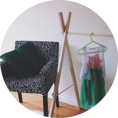 Dress-ups Clothes Rack