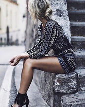 Chic Geometric Print Lace-up Front Romper