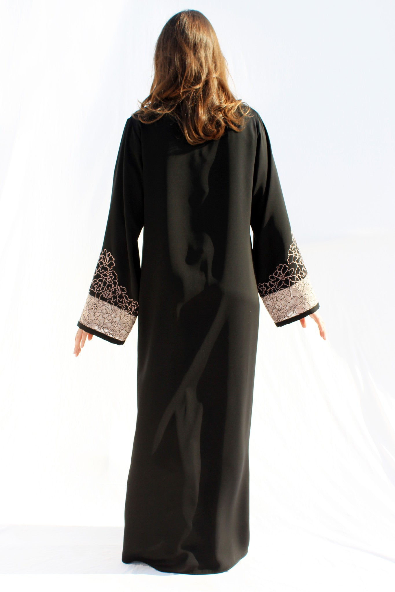 AMELIE - ACR2118A - Arabesque Classic cut abaya shape embellished with lace hand-embroidered with thread + Flower motif Thread embroidery on sleeves and asymmetrically on front + Back in plain black.
