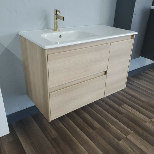 "Modera bathroom vanity 36"". 2 Draws, 1 door. Nordic Oak"