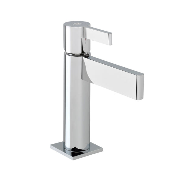 Tanau single handle bathroom sink faucet.