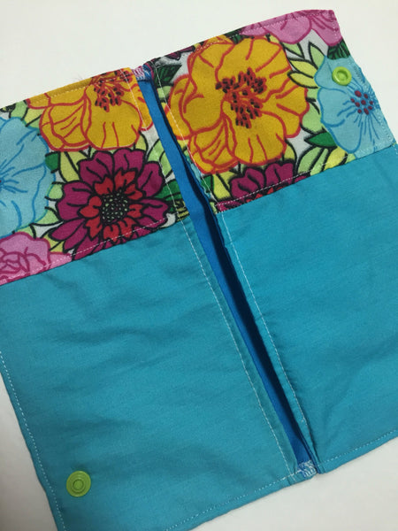MamaBear Small Pad Wallet, wipes pouch, wet bag - Cool Blue Floral