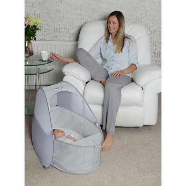 Koo-di Pop-Up Travel Bassinette - Grey Stars – 0-6 months
