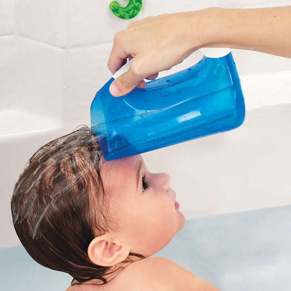Munchkin Shampoo Rinser Jug - Baby & Child Soft Rim Hair Rinsing Blue www.cutebabyangels.co.uk
