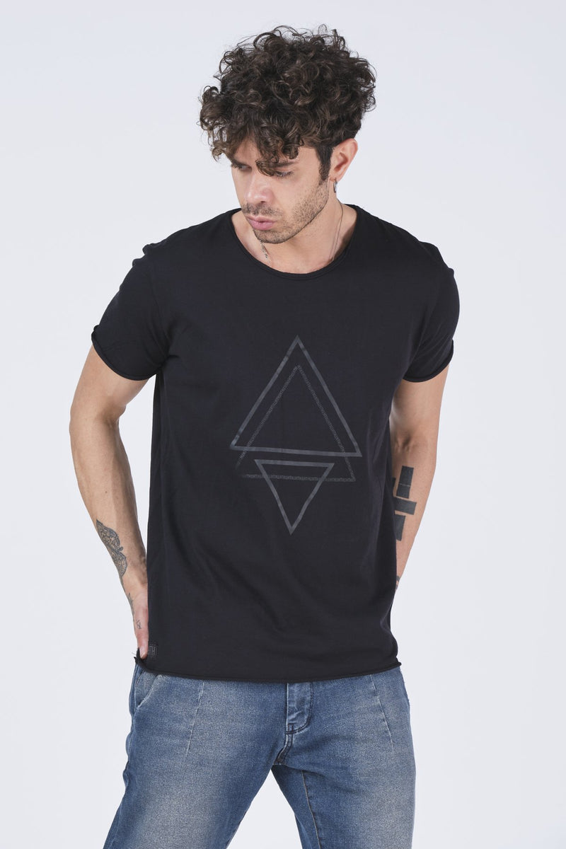 Triangle Print T-shirt