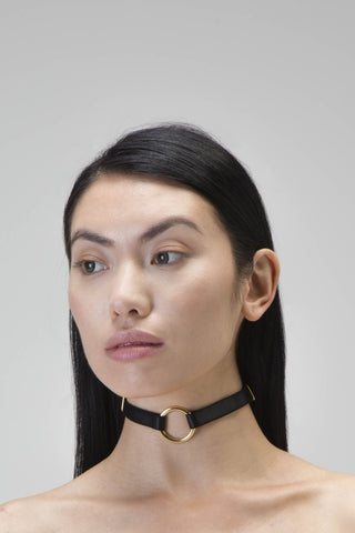 Single hoop choker