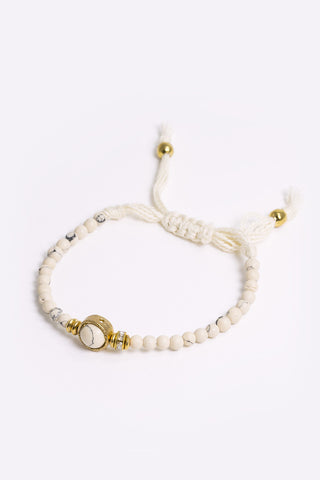 Naida - Cream Beaded Rope Bracelet 3/4 Image