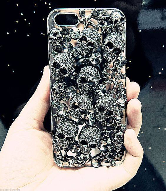 Luxury Bling Black Skull Diamond Case
