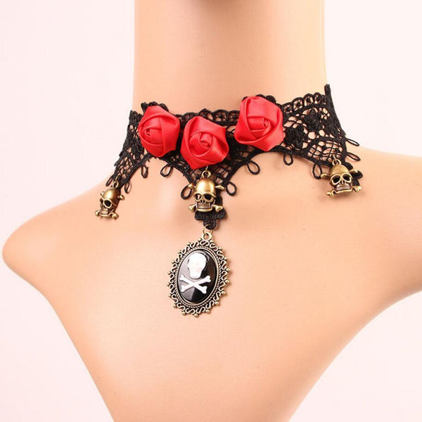 Red Roses and Skull Pendant Lace Choker