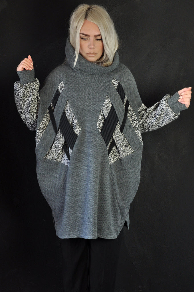 Cross sweater grey