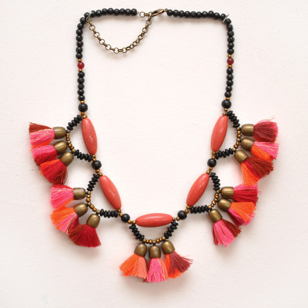 NURU Neckpiece Red