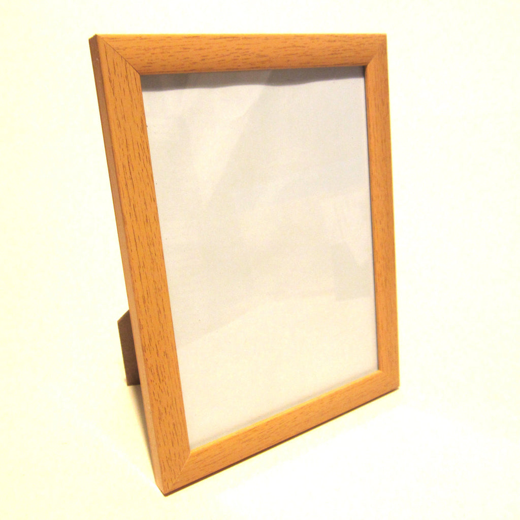 "Pine Wood effect 6""x8"" Photo Frame, Free Standing, Wall Hanging Bracket, Glass"