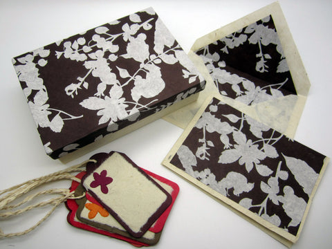 Card Gift Set and Box, 15 Cards 15 Envelopes, Brown White Floral Flower Pattern, Handmade