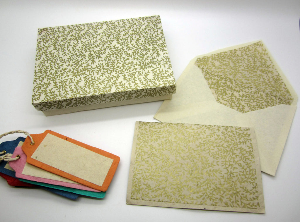 Card Gift Set and Box, 10 Cards 10 Envelopes, Gold Fern Floral Pattern, Letter Writing, Handmade