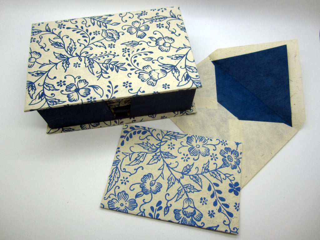 Card Gift Set and Box, 15 Cards 15 Envelopes, White Blue China Flower Pattern, Lokta Paper, Letter Writing, Handmade, Boxed Gift Card Set