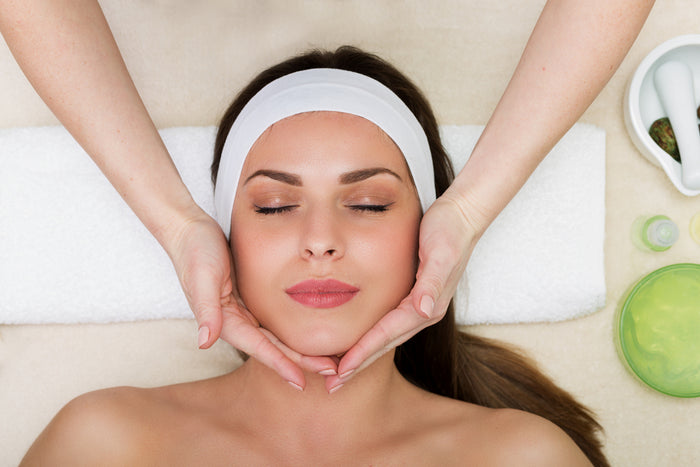 Organic Beauty Aromatherapy Facial (Gift Card)
